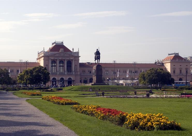 King Tomislav Square (Trg Kralja Tomislava)