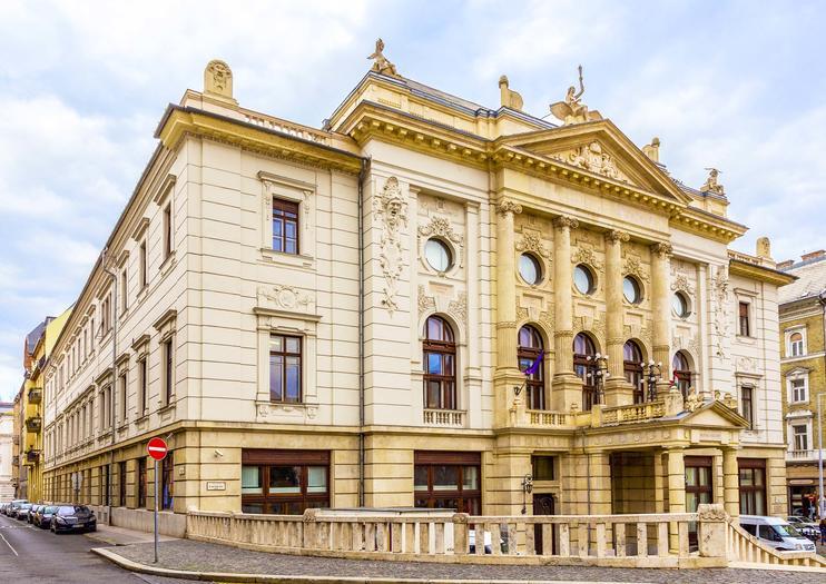 Hungarian Heritage House (Budai Vigadó)