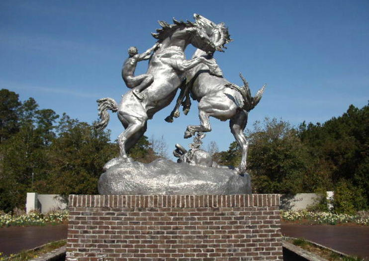 Situated On A 300 Acre 121 Hectare Expanse Within Larger South Carolina Coastal Preserve Brookgreen Gardens Was The Nation S First Public Sculpture