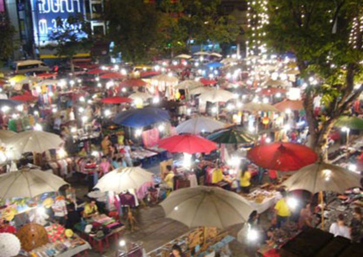 Bazar Nocturno De Chiang Mai Cosas Que Hacer En 2019 Viator