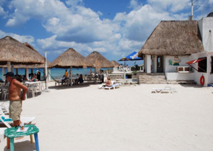 Corona Beach (Playa Corona)