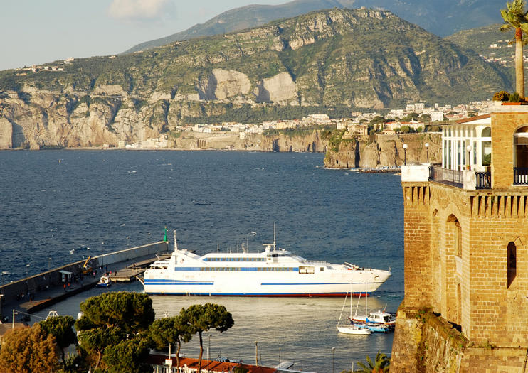 Sorrento Cruise Port (Sorrento Terminal Crociere)