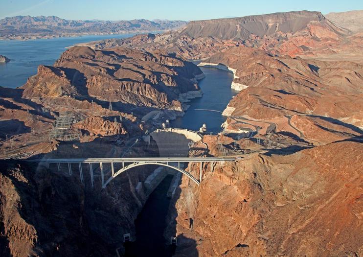 Helikopterflüge über den Hoover Dam