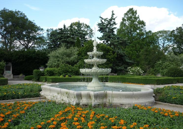 Royal Botanical Gardens (RBG)