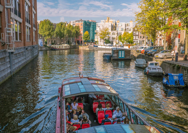 Amsterdam Pizza Cruises: A Unique Dining Experience