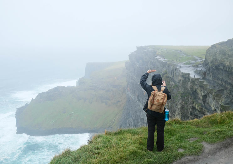 What to Pack for the Cliffs of Moher