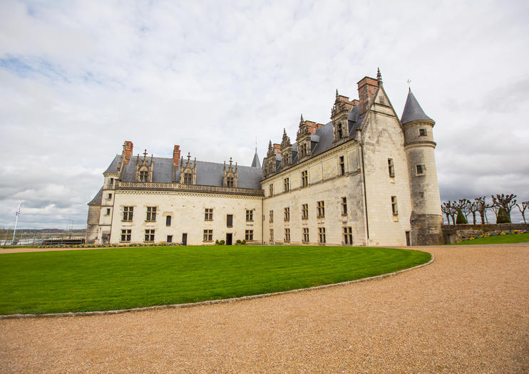 Loire Valley Castle Tours from Paris