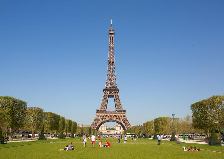 How to Spend 1 Day in Paris