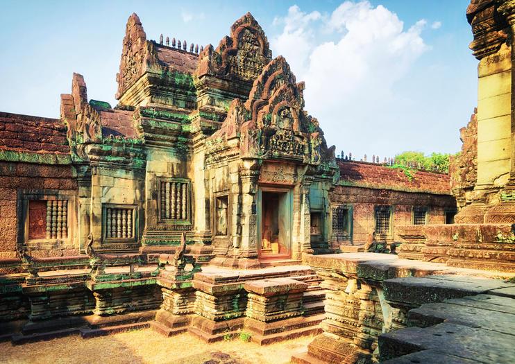 Citadel of Samré (Banteay Samré)