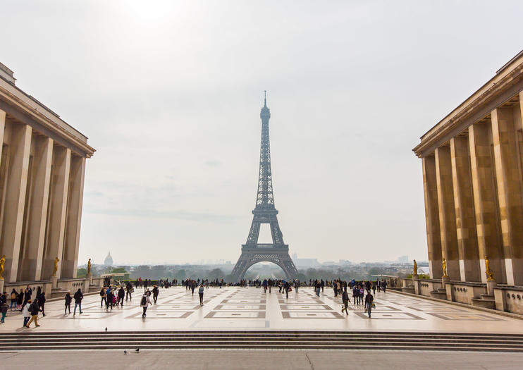 How to Choose an Eiffel Tower Tour