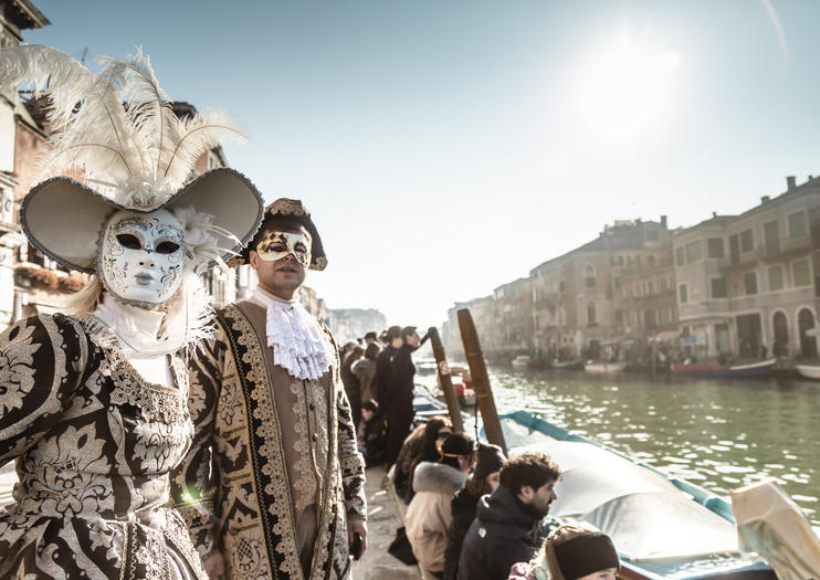 How to Experience Venice Carnival
