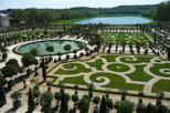 Versailles Walking Tour with Optional Fountain Show