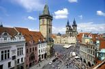 Excursão de dia inteiro ao castelo de Praga e cruzeiro no rio Vltava com almoço