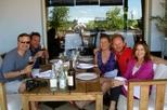 Excursão no litoral de Punta del Este: excursão particular para degustação de vinhos com almoço gourmet