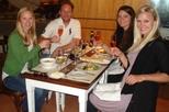 Excursão privada: Experiência de refeição e vinho saindo de Montevidéu com almoço de 3 pratos