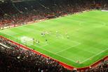 Partida de futebol do Manchester United no Estádio Old Trafford