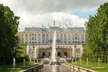 Excursão com Acesso Antecipado para Grupos Pequenos para o Grande Palácio e Jardins de Peterhof saindo de São Petersburgo