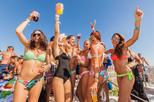 Festa em um barco em Ibiza incluindo open bar, lanches e esportes aquáticos