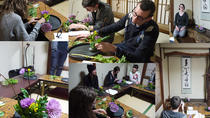 Ikebana Experience- Japanese traditional floral art Let's touch authentic Japan!, Tokyo, Craft...