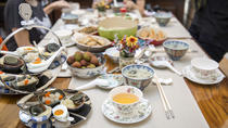 Cantonese lunch and market tour in Causeway Bay, Hong Kong SAR, Market Tours