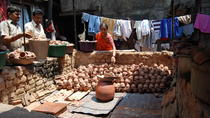 3-Hour Walking Tour of Mumbai Bazaars