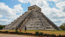 Visite photographique privée de Chichen Itza et Zaci Cenote, Cancun, Day Trips