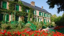 Giverny and Versailles Full-Day Private Guided Tour with Hotel Pickup, Paris