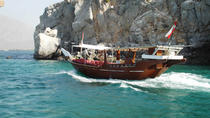 Full Day Oman Musandam Khasab Tour by Traditional Dhow Cruise-Dolphin watching