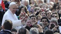 Papal audience ticket with Italian breakfast and transfer from Hotel