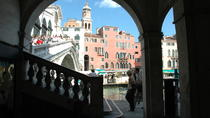 Secret Venice Walking Tour and Gondola Ride, Venice, City Tours