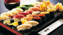 Ticketpaket: All-You-Can-Eat Sushi-Abendessen und Robot-Restaurant