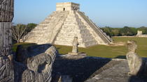 Chichén Itzá Wonder of the World Dropp off Cancun, Merida, Day Trips