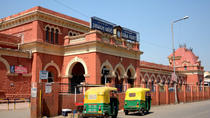 Arrival and departure assistance at Agra railway station , bus stand, Agra, Airport & Ground...