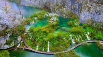Plitvice Lakes NP Day Trip with Stop in Knin from Split or Trogir, スプリト