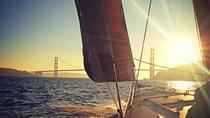 America's Cup zeilavontuur in de baai van San Francisco: Sunset Sail, San Francisco, Sailing Trips