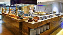 Buffet Dinning at JW Marriott Kitchen 6, Dubai, Food Tours