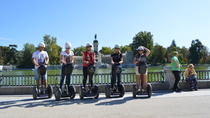 2 timmars dold oas Retiro Park Madrid Small Group Segway Tour, Madrid, Rundturer med vespa, skoter och moped