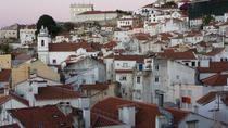 Old Lisbon: Alfama and São Jorge neighbours 3-Hour Walking Tour, Lisbon, Dinner Theater