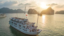 Halong Bay Overnight Cruise with Kayaking, Caves, and Private Cabin, Halong Bay, Day Cruises