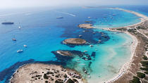 Formentera Day Trip from Ibiza on Private Luxury Catamaran, イビサ島