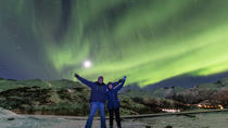 Northern Lights Chasing in Lofoten with a Photographer, Lofoten, Night Tours