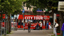 Biglietto Hop-On Hop-Off valido 24 ore sul Red Bus di Riga, Riga, Hop-on Hop-off Tours