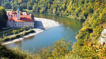 Altmuehl River Valley Day Trip from Munich: Medieval Castle Falconry Show, Monastery Weltenburg and...