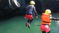 Coasteering Adventure in Kinsale, コーク