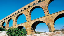 Small-Group Avignon and Pont du Gard Day Trip with Wine Tasting from Aix-en-Provence, ...