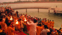 Private Tour: Ganga Aarti Hindu Ritual in Rishikesh Including Dinner, Rishikesh, Day Trips