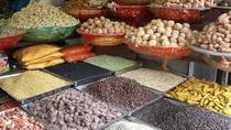 Visit to a Spice and Vegetable Market in Delhi including a Cooking Demo and Lunch with a Local, New ...