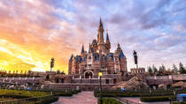 Shanghai Disneyland with transfers plus 2-night accommodation in 4-star hotels, 上海