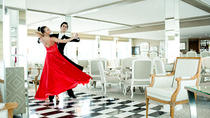 Explore Vienna: Daily Waltz Dance Lessons for Couples, Wien