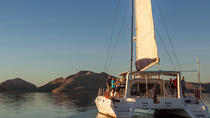 Lake Argyle Cruise by Luxury Catamaran Including Lunch, Kununurra